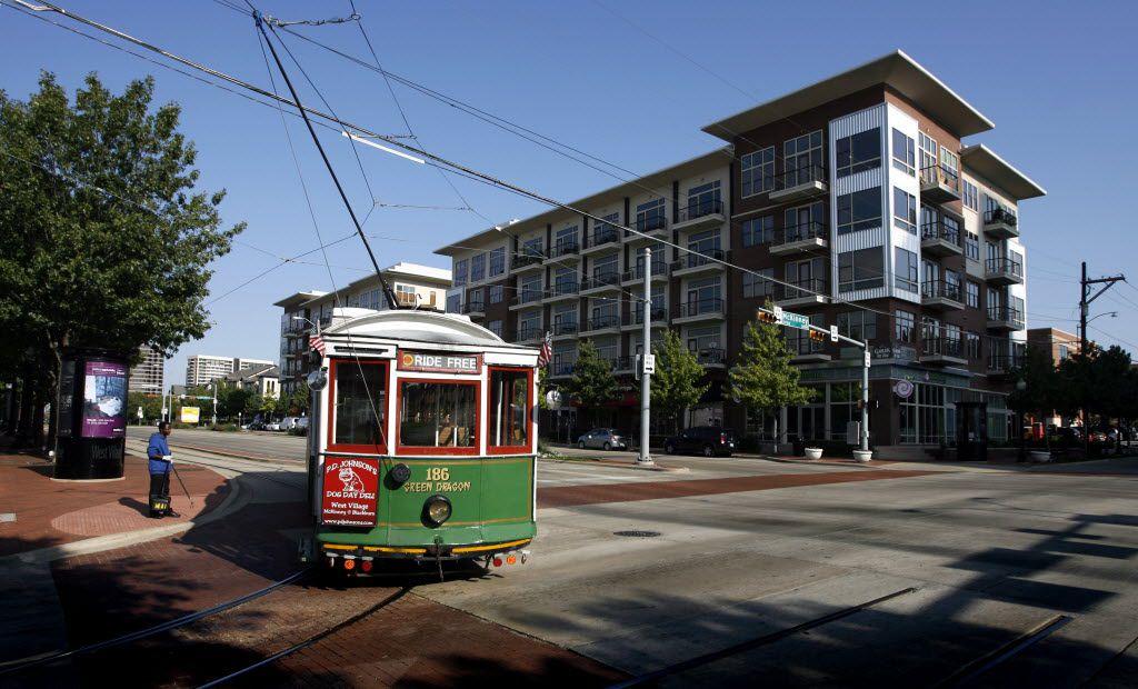 The M-Line Trolley turns West on Blackburn Street in Uptown.