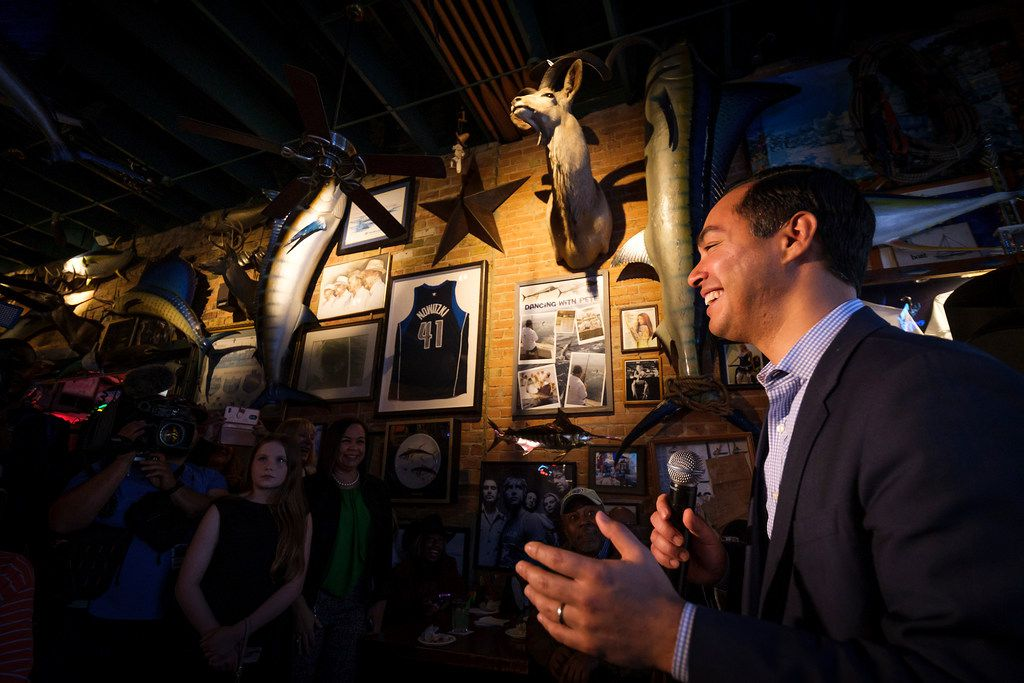 Presidential candidate Julian Castro speaks during a campaign event at St. Pete's Dancing Marlin in Deep Ellum on Tuesday, March 19, 2019, in Dallas. The former San Antonio Mayor met with Democrats  in Dallas on Tuesday after campaigning for the Democratic Party nomination in New Hampshire on Monday. (Smiley N. Pool/The Dallas Morning News)