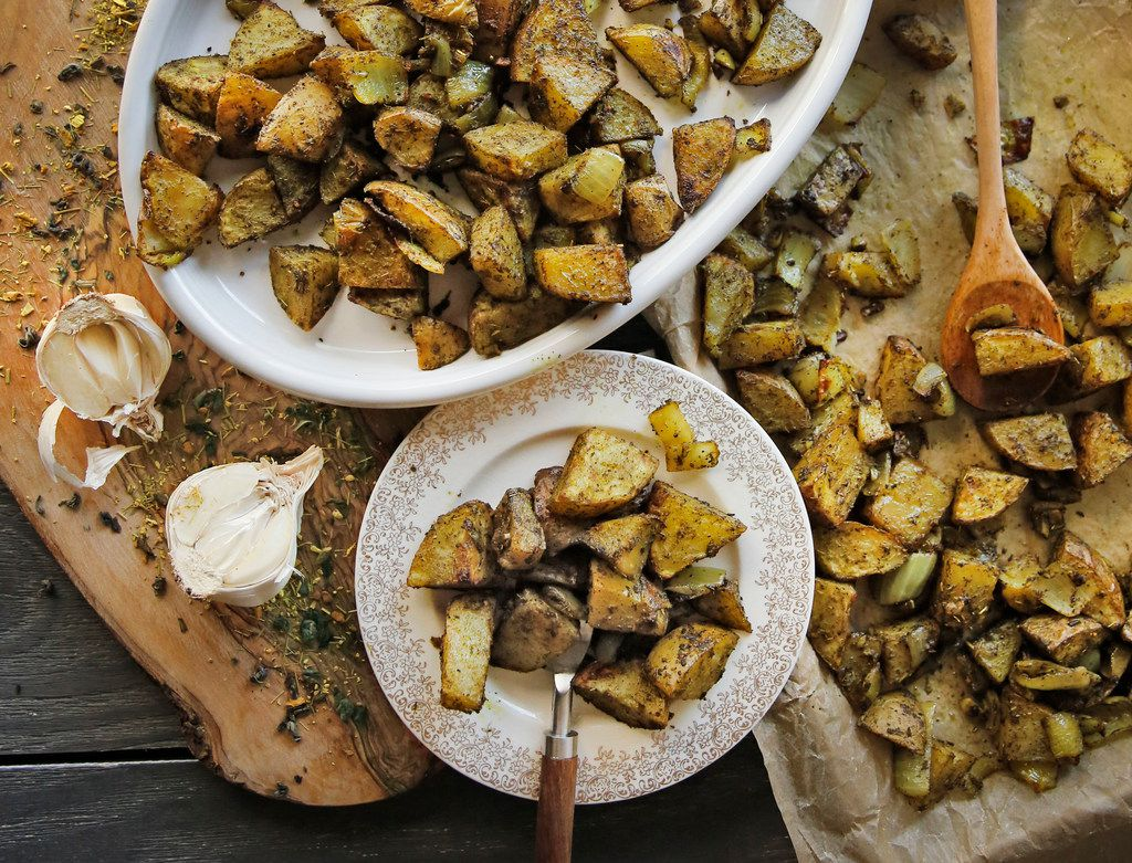 Roasted Turmeric Ginger Green Tea Gold Potatoes
