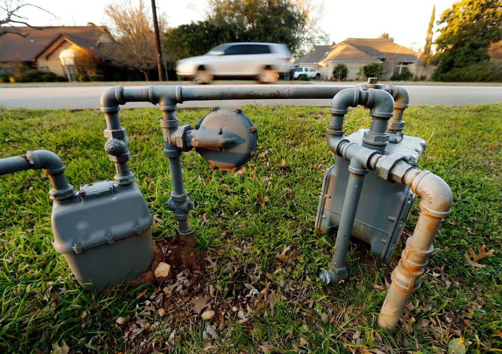 An older style gas meter sits close to the street in the 1000 block of Tinker Road in Colleyville.