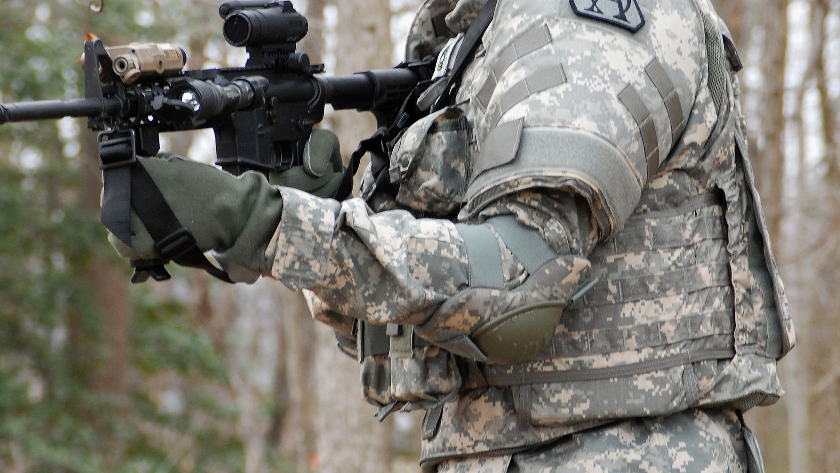 """The Army says it wants to """"own the night"""" with technology such as enhanced night vision goggles and binocular-style goggles with infrared and thermal imaging capabilities. (Army.mil)"""