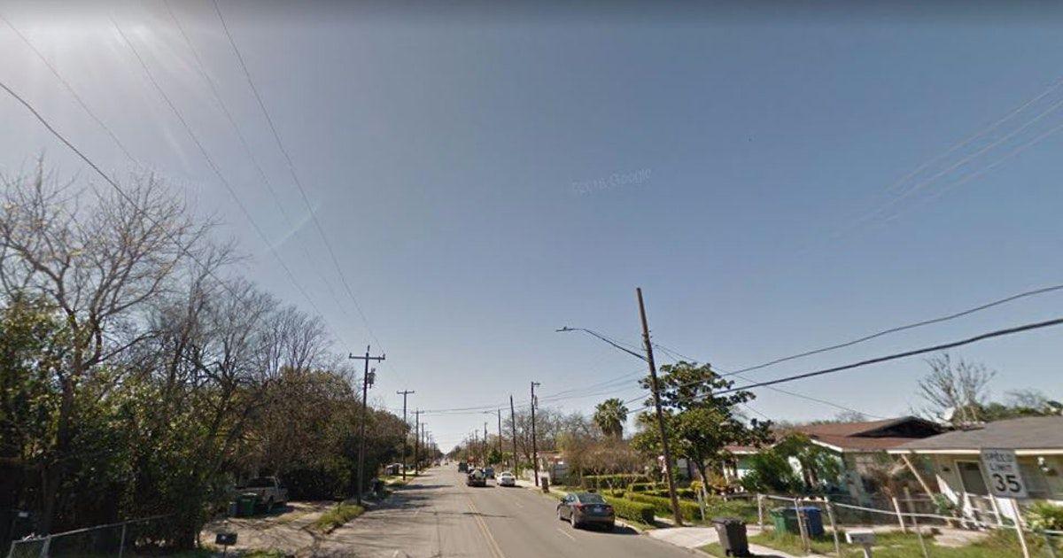 La calle en San Antonio donde se dio una pelea a cuchillos entre dos hombres. Foto DMN