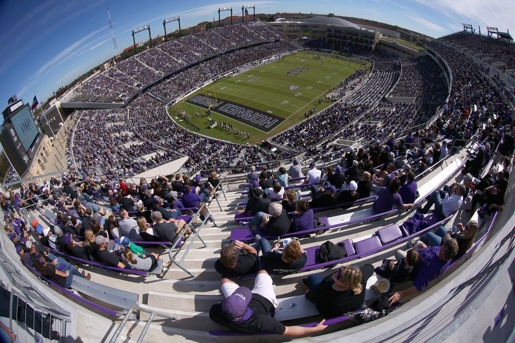 FORT WORTH, TX - NOVEMBER 24:  A view as the TCU Horned Frogs take on the Baylor Bears at Amon G. Carter Stadium on November 24, 2017 in Fort Worth, Texas.  (Photo by Tom Pennington/Getty Images)