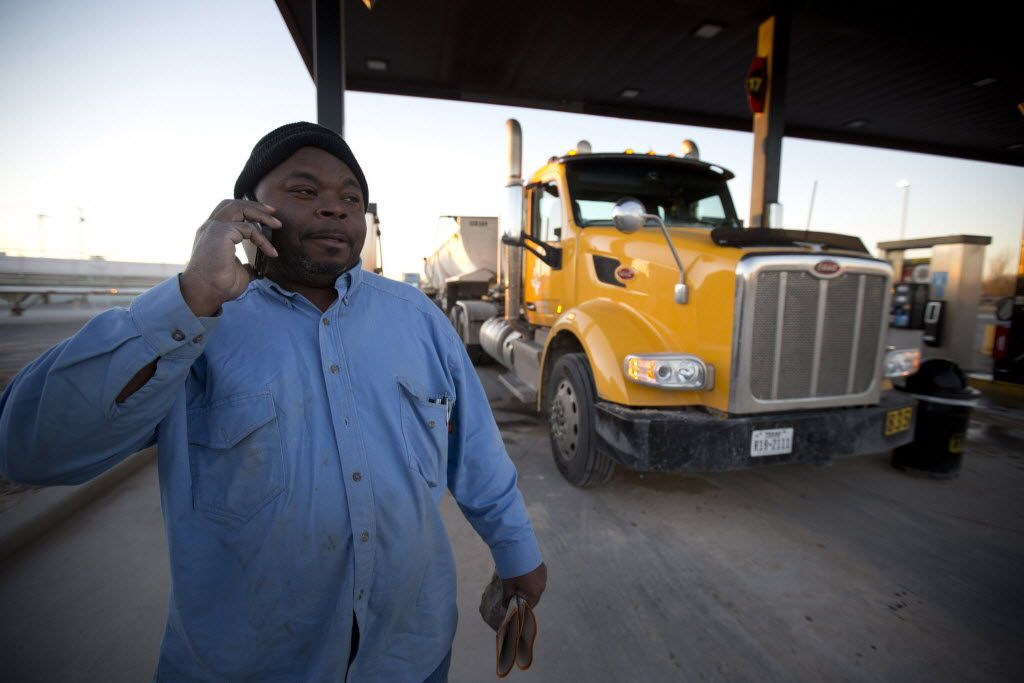 Danny Jones, a truck driver from Fort Worth, was finding work in December 2015 Big Lake.  (Joyce Marshall/Fort Worth Star-Telegram)