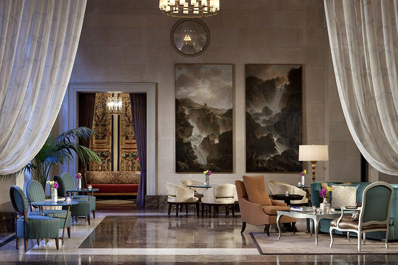 The current lobby at the Crescent Court Hotel.
