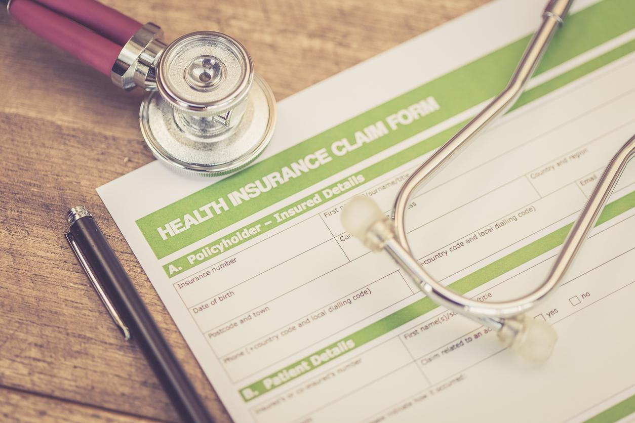 Forma de inscripción para seguro de cobertura médica.(GETTY IMAGES)