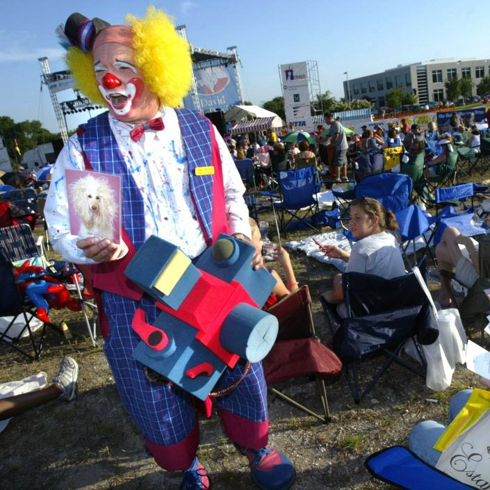 A clown mingles with the crowd at Frisco Freedom Fest.