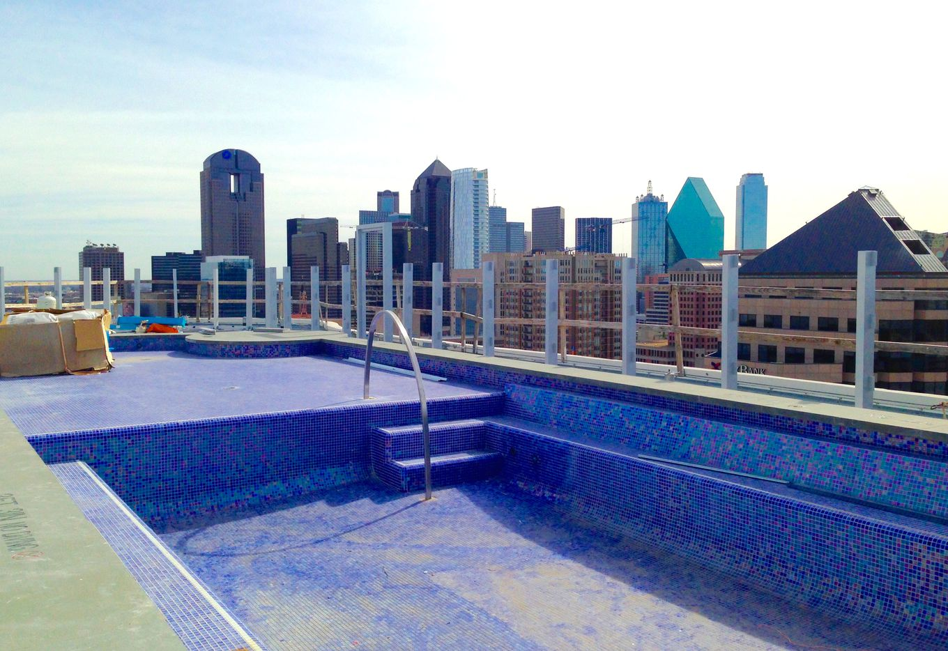 A rooftop pool is still under construction at the One Uptown apartments on McKinney Avenue. (Steve Brown/Staff)