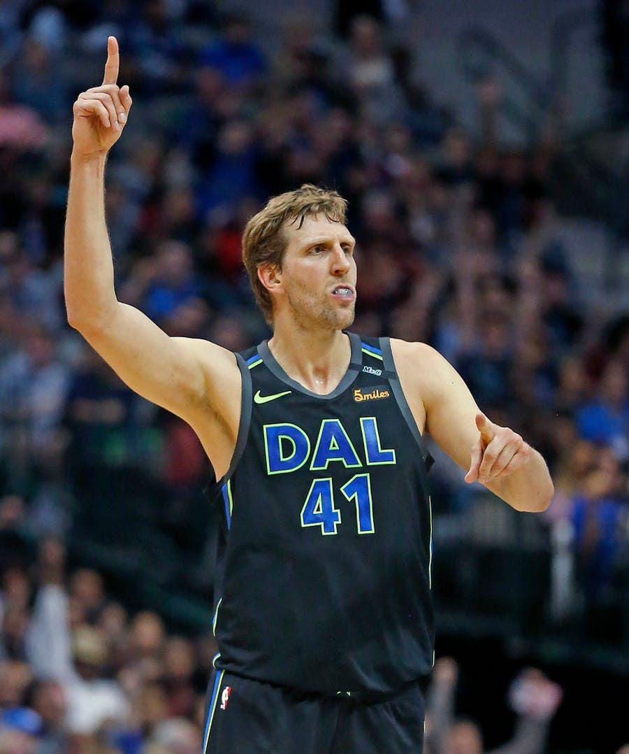 Dirk Nowitzki de los Dallas Mavericks. Foto DMN