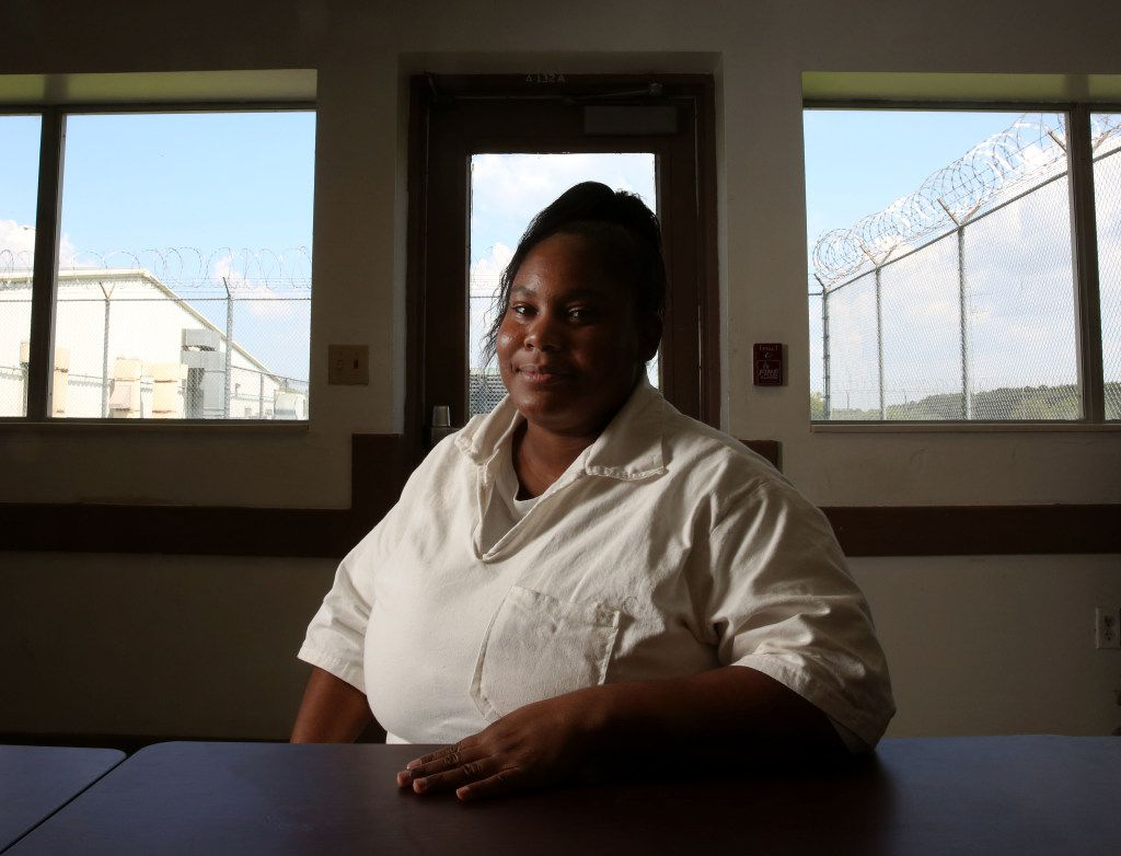 Anisha Walker poses for a photo at the Henley State Jail in Dayton, Texas on Sept. 1, 2016. At 14, Walker was sent to prison for killing a man after selling him cocaine. Walker, 32, was just granted parole. (Rose Baca/The Dallas Morning News)