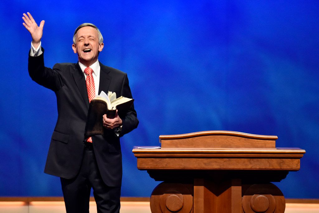 Pastor Robert Jeffress preaches the gospel during a  Sunday morning service, Oct. 22, 2017 at First Baptist Church in downtown Dallas. Ben Torres/Special Contributor