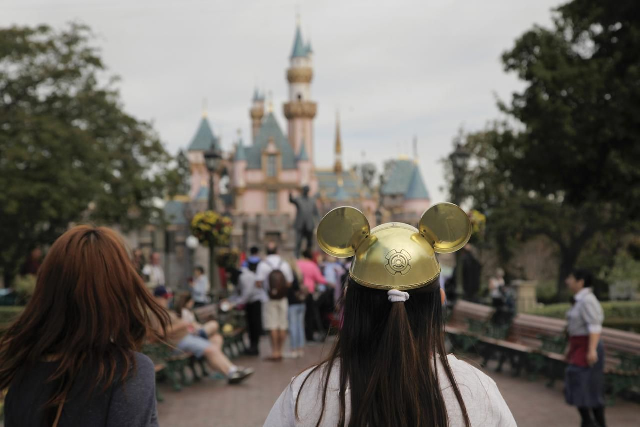 A measles outbreak last year was traced to Disneyland in Anaheim, Calif.