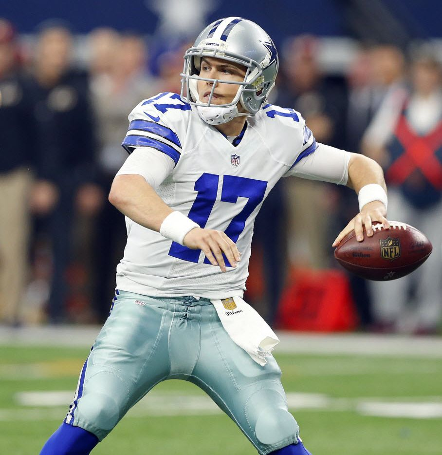 Dallas Cowboys quarterback Kellen Moore (17) throws a pass against the Washington Redskins in the second half at AT&T Stadium in Arlington, Texas, Sunday, January 3, 2016. (Tom Fox/The Dallas Morning News)