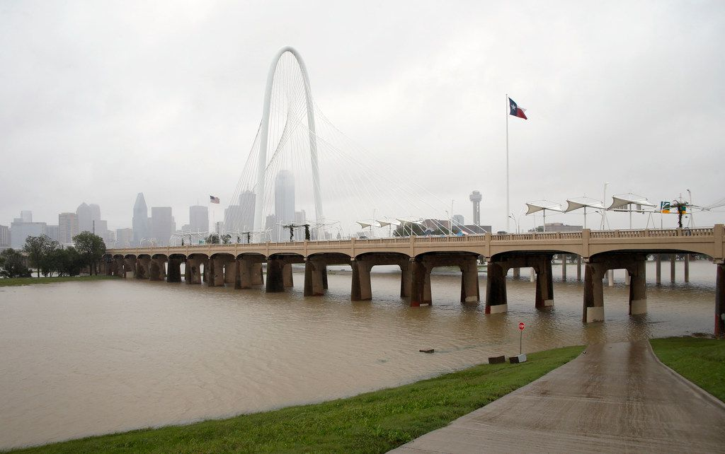 Rain continues to fall near the Trinity River in downtown Dallas on Monday, October 15, 2018. People woke up to rainy weather and temperatures in the 40's.