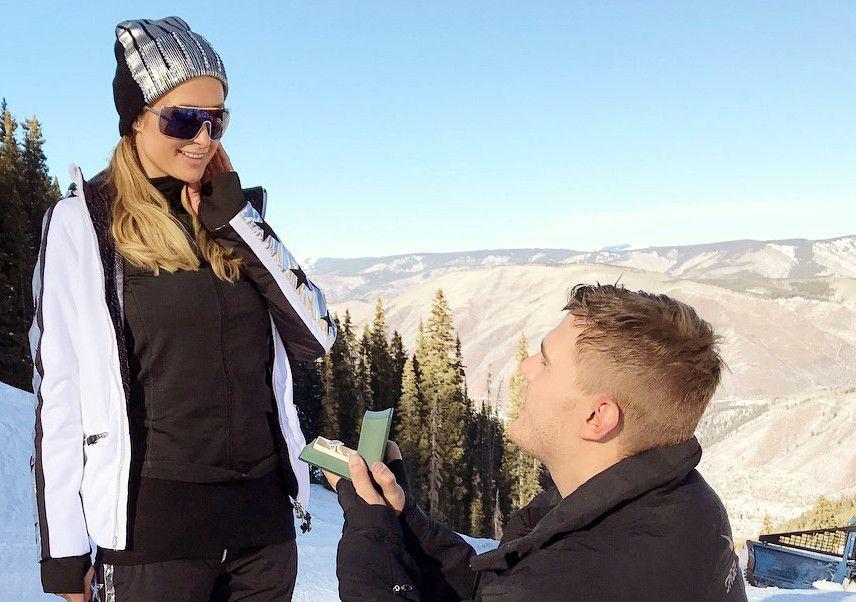 """""""¡Dije que sí! Me siento tan contenta y emocionada de estar comprometida con el amor de mi vida. Mi mejor amigo y alma gemela. Perfecto para mí en todas las formas. Tan dedicado, leal, amoroso y tierno. ¡Me siento la chica más suertuda del mundo!"""", escribió Paris Hilton en Instagram./ AGENCIA REFORMA"""