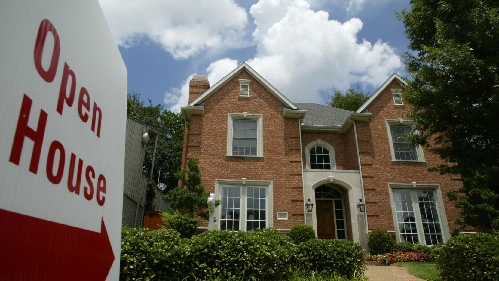 Big price jumps and low inventories have made Dallas' housing market sustainable, analysts warn.