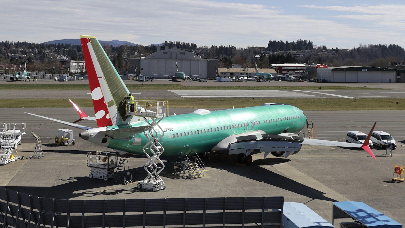 Un avión Boeing 737 Max sale de la fábrica de Boeing en Renton, Washington., en 22 de marzo. AP