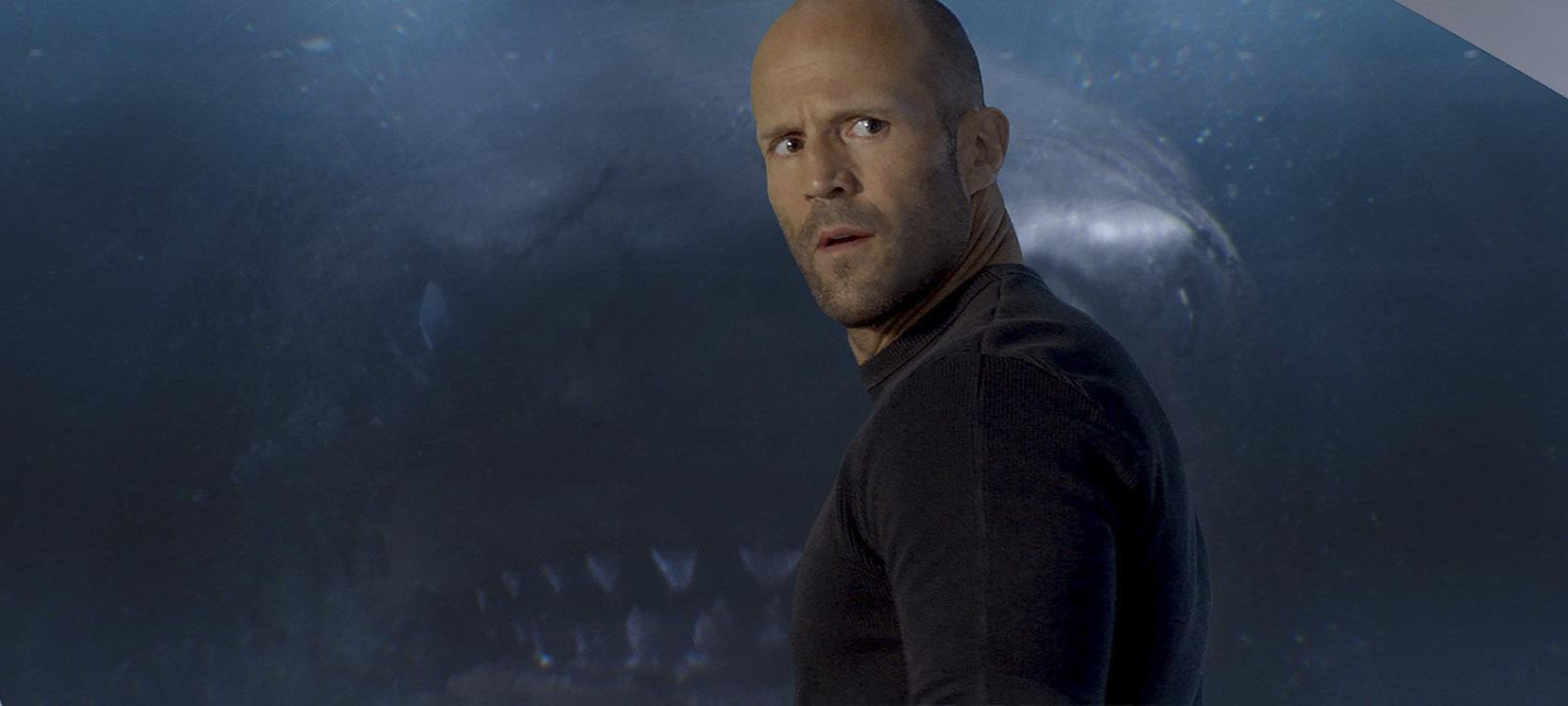 "Jason Statham lucha contra un tiburón en la película ""The Meg"", que se estrenó este viernes(Warner Bros. Entertainment)"