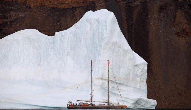 Científicos exploran el Ártico para medir las consecuencias del cambio climático en los ecosistemas marinos. (AFP/Getty Images/NOEMIE PANSIOT)
