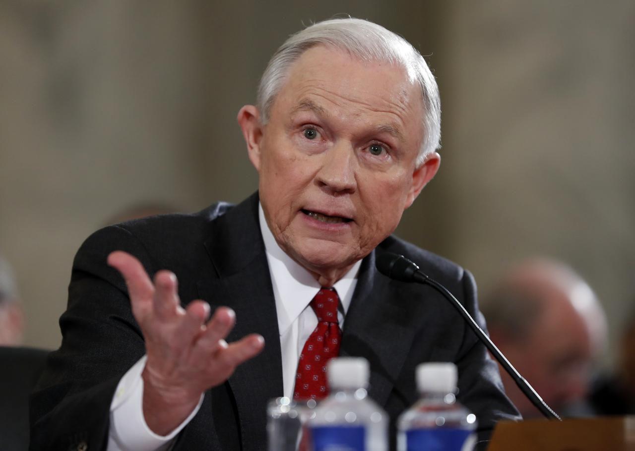 El senador Jeff Sessions, propuesto por el presidente electo como nuevo Secretario de Justicia. (AP Foto/Alex Brandon). (AP/ALEX BRANDON)