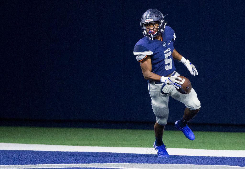 Frisco Lone Star running back Jaden Nixon (5) runs to the end zone for a touchdown during the first quarter  of a District 5-5A Division I high school football game between Frisco Independence and Frisco Lone Star on Thursday, October 10, 2019 at the Ford Center at The Star in Frisco. (Ashley Landis/The Dallas Morning News)