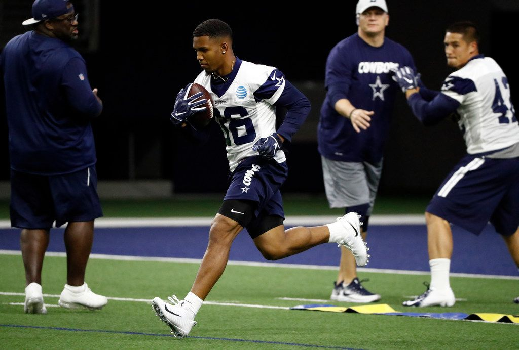 Dallas Cowboys rookie running back Tony Pollard (36) participates in drills during a NFL football mini camp at the team's training facility in Frisco, Texas, Friday, May 10, 2019. (AP Photo/Tony Gutierrez)