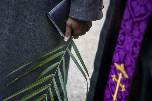 Conozca los horarios y misas de las celebraciones de Semana Santa en el Metroplex.