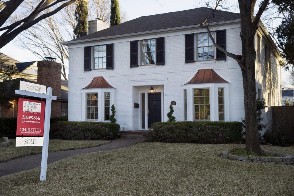 Una vivienda a la venta en McCommas Boulevard en Dallas. Los avalúos de impuestos han aumentado en el Norte de Texas. (DMN/DANIEL CARDE)