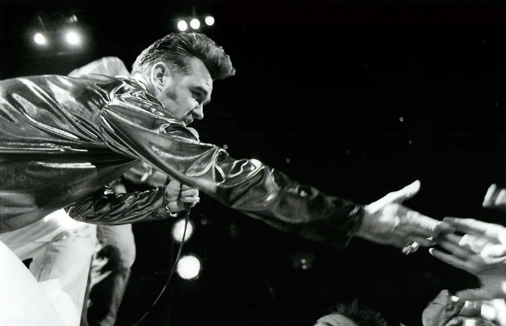 30 Years Later Check Out This Smiths Review From 1986 Ahead