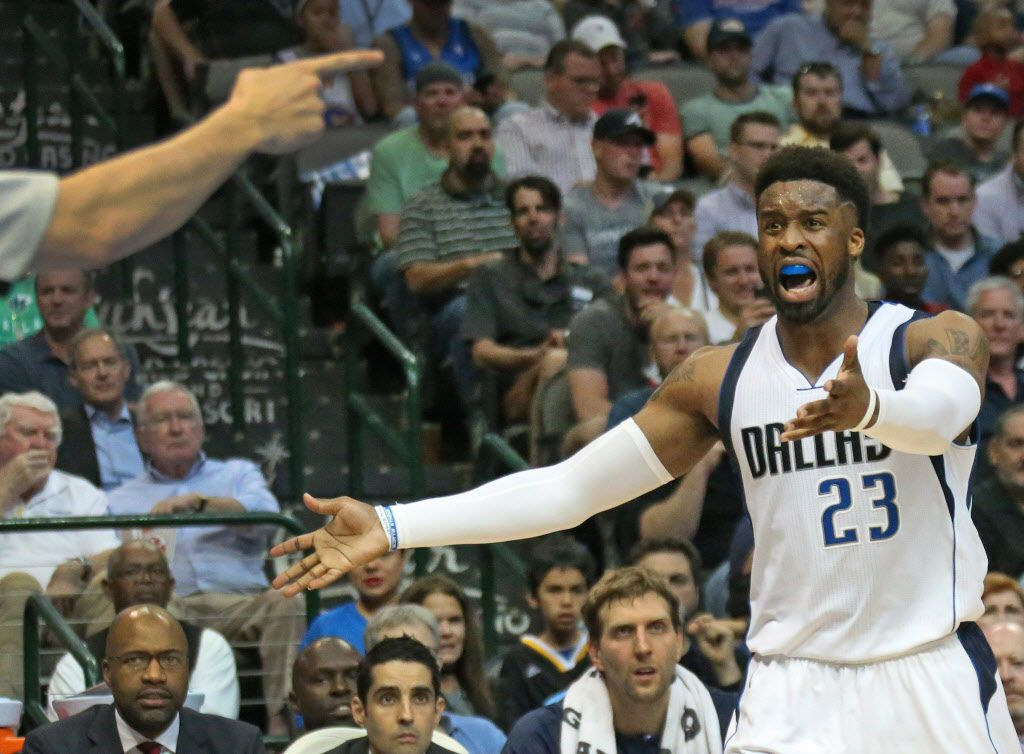 Dallas Mavericks guard Wesley Matthews (23) argues an official's call during the Golden State Warriors vs. the Dallas Mavericks NBA basketball game at the American Airlines Center in Dallas on Tuesday, March 21, 2017. (Louis DeLuca/The Dallas Morning News)