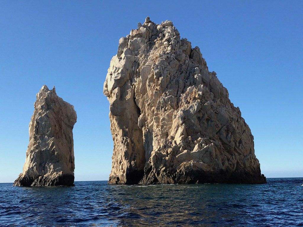 El Arco, or The Arch, is the iconic landmark marking the southernmost tip of the Baja California peninsula.