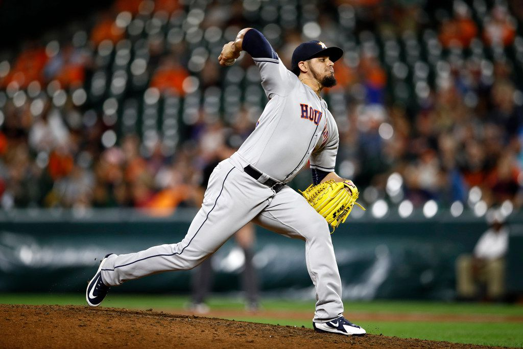 Osuna makes things worse for Astros in ALCS loss to Red Sox