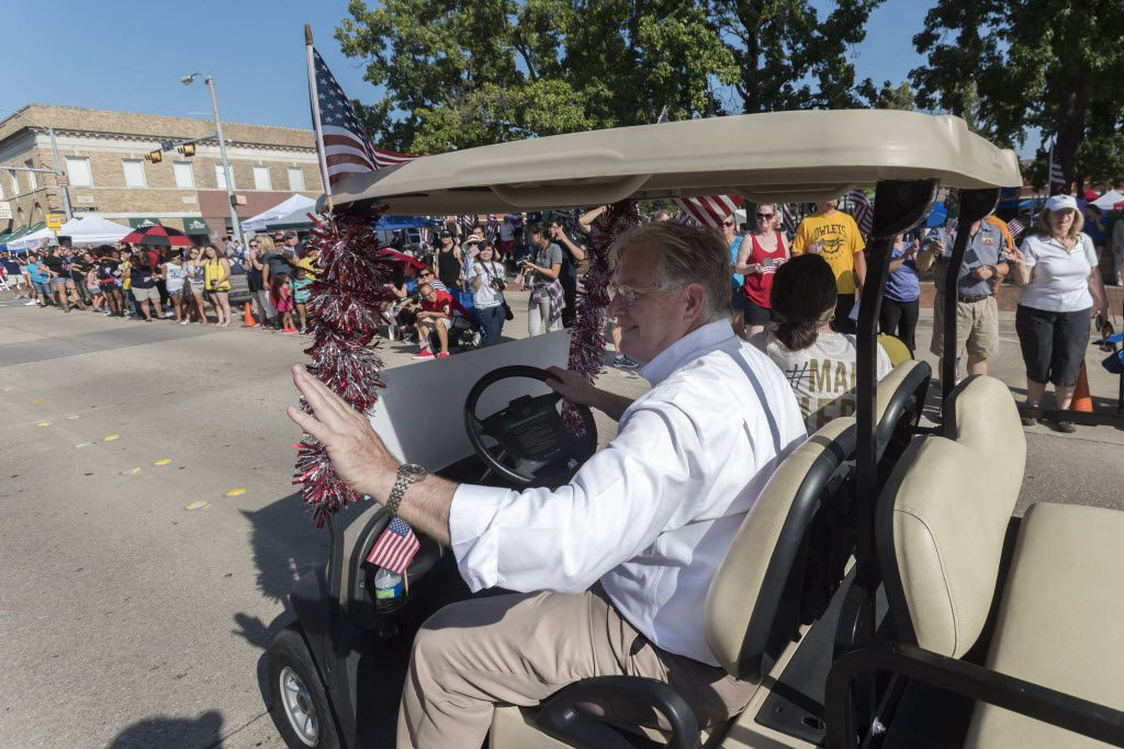 Garland Mayor Douglas Athas particpates in the city's annual Labor Day Parade in 2015.