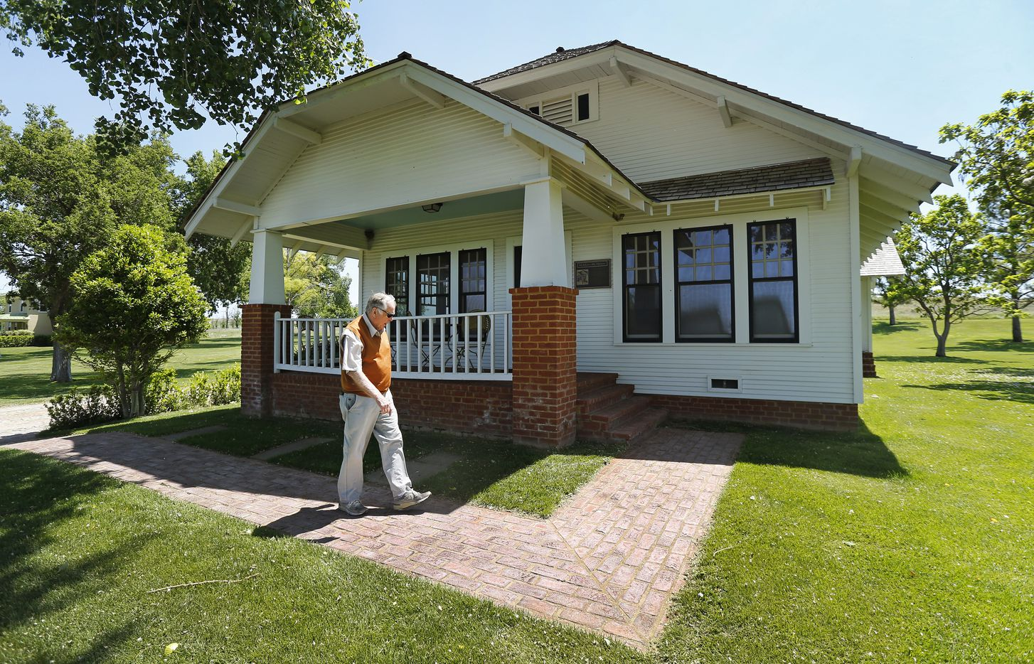 Pickens had his Holdenville, Okla., boyhood home moved and restored to Mesa Vista Ranch. In 2017, he donated it and moved it to his alma mater, Oklahoma State University in Stillwater.