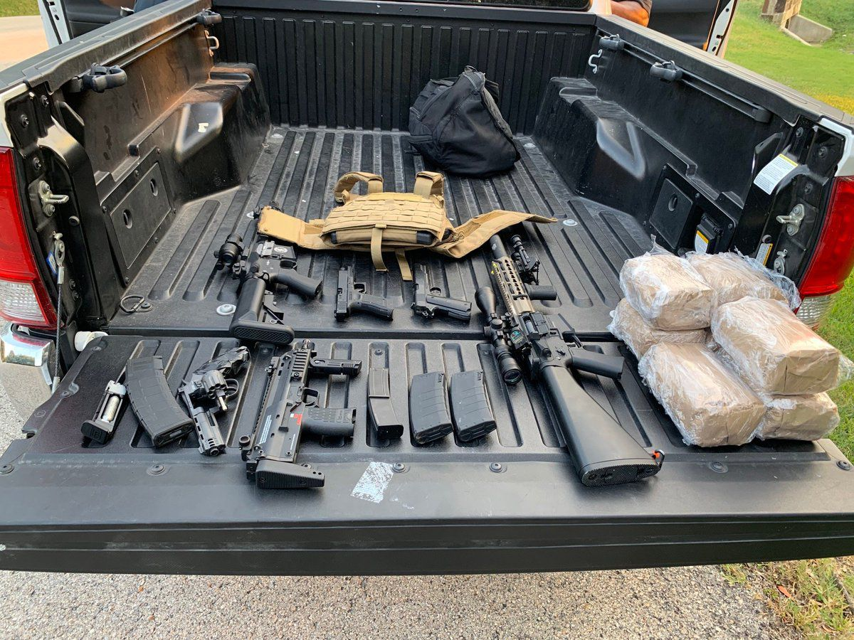 Southlake officers responded to a call Monday about four men taking pictures with guns. The weapons turned out to be fake and the bags turned out to be sugar, not drugs. The men were filming a rap video. No one was arrested.