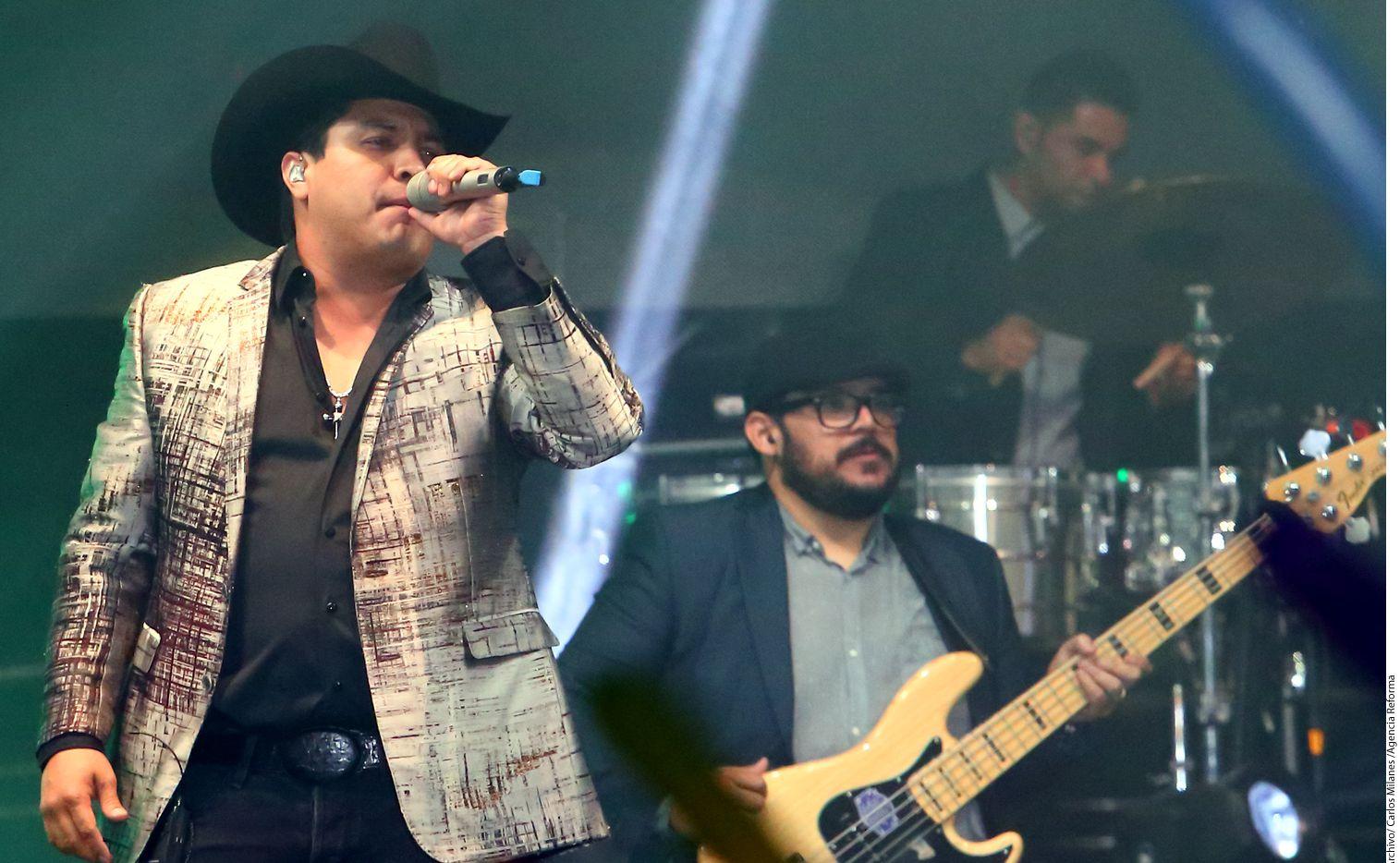 A través de un video, el cantante Julión Álvarez contó que empresarios de Monterrey le robaron su nombre y cobran para devolvérselo./AGENCIA REFORMA