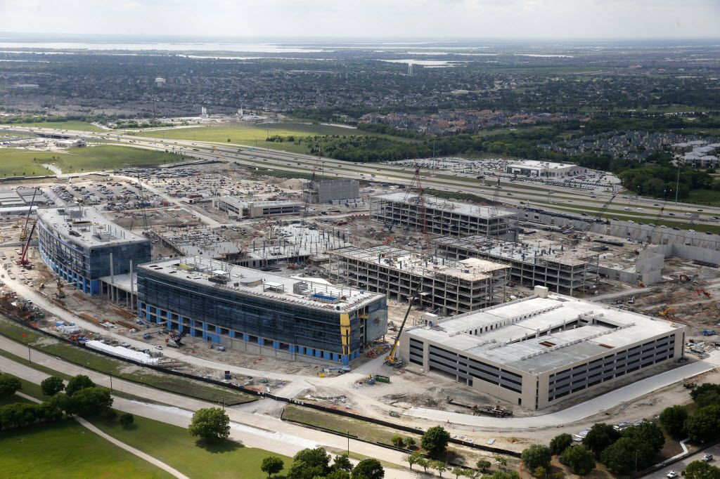 Toyota's multibuilding U.S. headquarters is rising along the Sam Rayburn Tollway in Plano. (Vernon Bryant/The Dallas Morning News)