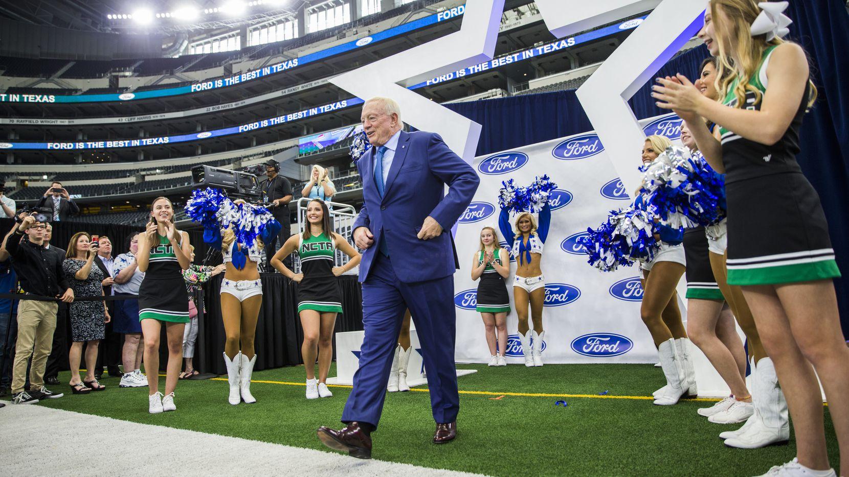 Los Dallas Cowboys de Jerry Jones tienen 23 años sin ganar un trofeo Lombardi.
