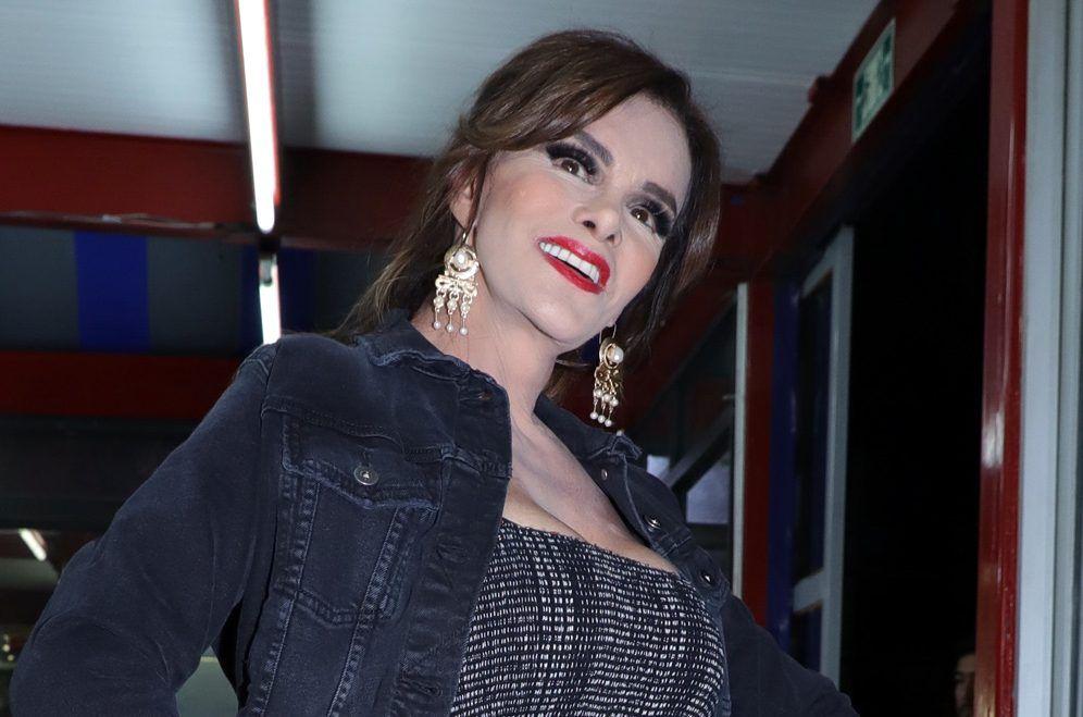 La actriz Lucía Méndez, de 64 años, analiza la propuesta de contar su vida en una producción extranjera./ AGENCIA REFORMA