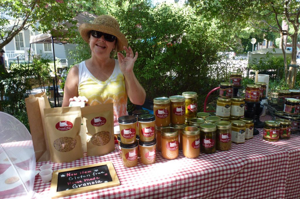 Leslie Luscombe at McKinney Farmers Market in August, 2016
