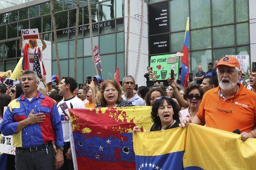 En Miami, cientos de personas participaron de las protestas contra Maduro. Se trataba de una acción coordinada por los inmigrantes venezolanos en otros países. AFP-Getty Images