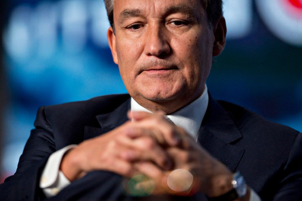 Oscar Munoz, chief executive officer of United Continental Holdings Inc., listens to a question during a discussion at the U.S. Chamber of Commerce aviation summit in Washington on March 2, 2017. MUST CREDIT: Bloomberg photo by Andrew Harrer.