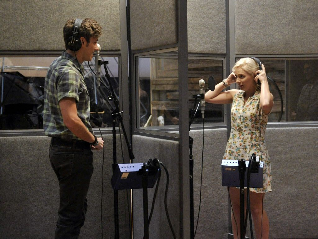Sam Palladio, left, portrays Gunnar Scott in the ABC network show, Nashville. Here, he's seen with  Clare Bowen, who plays Scarlett O' Connor. Bowen is part of a delegation from the show heading to the Verizon Theatre at Grand Prairie for an April 23 concert. (Photo by Donn Jones/Invision, file)