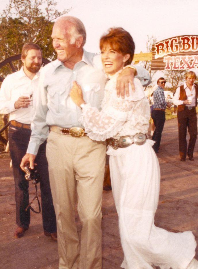 Cloyce Box with Dallas TV star Linda Gray at the 1982 Cattle Baron's Ball at the Box Ranch.