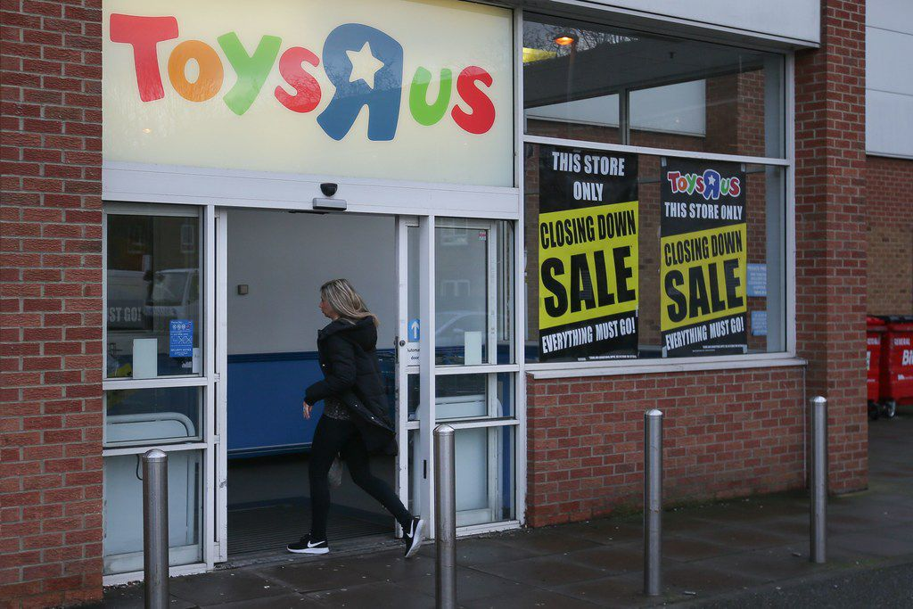 (FILES) In this file photo taken on February 9, 2018 closing down posters are in the windows of a Toys 'R' Us store in south London. The UK division of troubled toy retailer Toys R Us is on the brink of collapse on February 28, 2018 after failing to secure a buyer. / AFP PHOTO / Daniel LEAL-OLIVASDANIEL LEAL-OLIVAS/AFP/Getty Images
