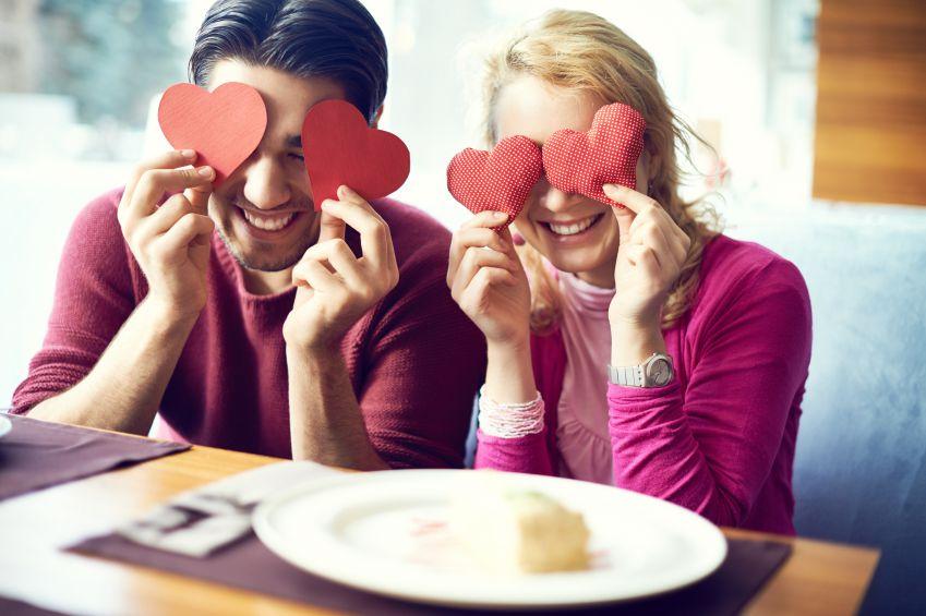 Toma en cuenta los 10 puntos indispensables que explica la psicoterapeuta familiar y de pareja Rosalinda Sepúlveda García, para que cada día tu relación sea mejor./ISTOCK