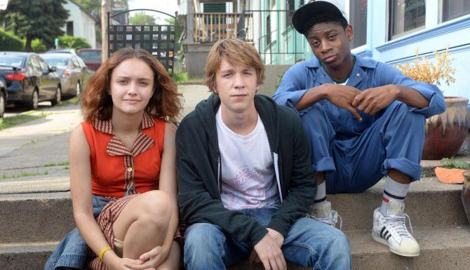 """Olivia Cooke (izq.),Thomas Mann y RJ Cyler en """"Me and Earl and The Dying Girl"""". (AP/FOX SEARCHLIGHT)"""