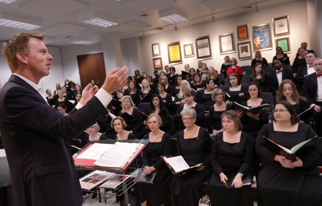 Director Joshua Habermann leads the Dallas Symphony Chorus during a warm up  at the Meyerson Symphony Center  on Dec. 10, 2017.