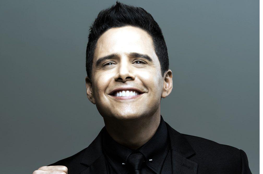 El ex presentador del programa de Telemundo Despierta América, llegó a los 16 años a su peso máximo de 142 kilos, lo que lo orilló a buscar todo tipo de remedios para ganarle a la báscula. (AGENCIA REFORMA)