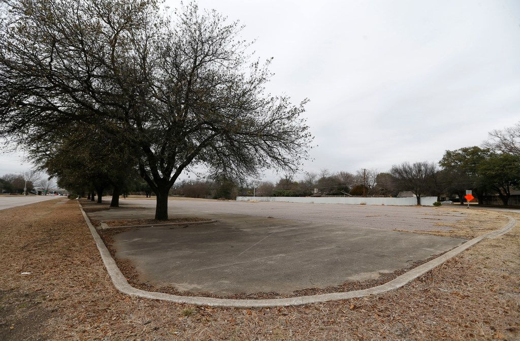 A vacant lot owned by the city of Dallas at the intersection of Forest Lane and Nuestra Drive in Dallas. Wanna buy it?